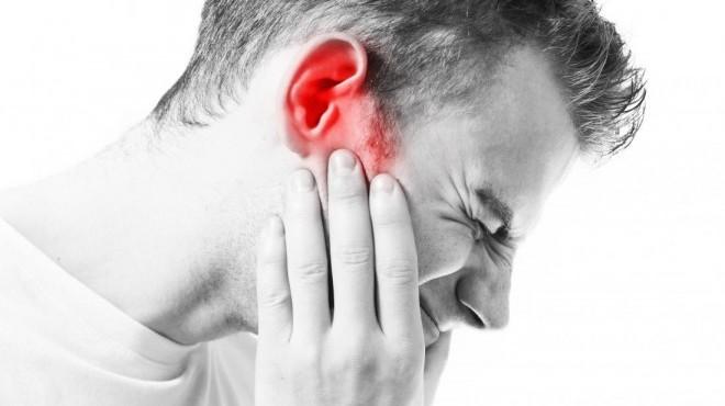 Dolore vicino alle orecchie: se ne occupa il dentista?